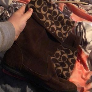 Size 8.5 coach winter boots gently worn